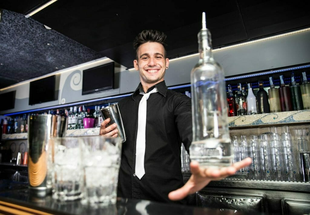 prepared and educated bartenders get a bartending job jobs